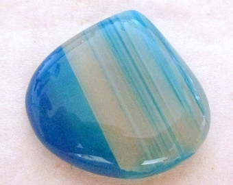 Agate - blue tinted - undrilled - ref5335