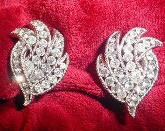 Vintage Crown Trifari Swirly Rhinestone Earrings