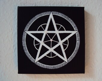 Pentagram - Black/White