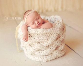 Instant Download - PDF Vine Basket Knitting Pattern - Photography Prop - Newborn - Baby