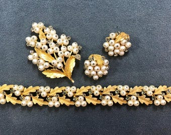 Fabulous Signed BSK Pearl and Rhinestone Parure Set-Brooch, Bracelet, and Clip Earrings. Free shipping.