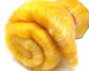 Carded Batt Merino & Silk - Golden -  Fine Merino Wool for Spinning or Felting 100g 3.5oz