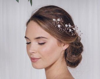 Pearl flower hair pins, pearl wedding hair pins, Pearl hair pin, pearl bridal hair pin set, Rose gold Silver or Gold hair pin trio - Coralie