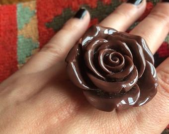 90's big statement flower rose ring brown chocolate kitsch
