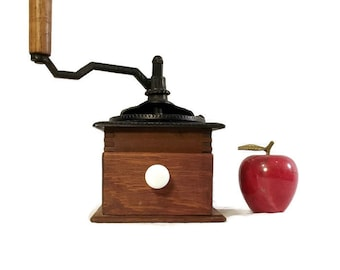 Antique Coffee Mill - Coffee Grinder - Farmhouse Decor - Strobridge - Crank Grinder - Primitive Kitchen - Wood - Cast Iron