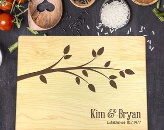 Personalized Wood Cutting Board, Wedding Gift, Gift for Couples, Gift for Her, Bridal Shower Gift, Mr & Mrs Gift, Newlywed Gift, B-0034