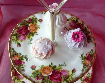 Royal Albert Old Country Roses 2-tier cake stand , decorated with burgundy, pink and yellow roses, accented with lustrous gold banding.