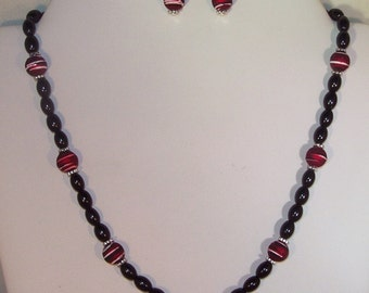 Pearls Set  - Necklace & Earrings - Glass Pearls -  Black and Red - Made to Order
