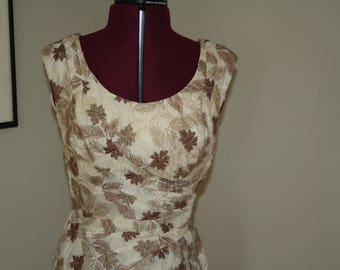 Alix Miami embroidered wiggle dress 1950s 50s  XS or S