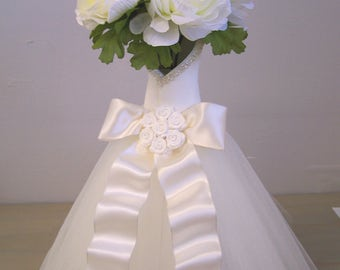 Bridal Shower decorations, Bridal Shower, Wedding Decorations,  bridal shower flower vase, Wedding vase