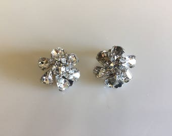 Vintage 1940s WEISS Sparkly Rhinestone Earrings