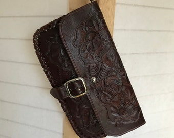 """VTG Tooled  brown leather Wristlet or Clutch. Flap snap closure. Sweet & simple 5.5"""" x 9.5"""" x .5"""" Tooled roses, leaves and a fiddlehead fern"""