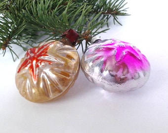 Set of 2 baubles with star, vintage soviet glass Christmas tree decoration, Xmas ornament, made in USSR, 1950s