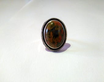 Women natural stone ring