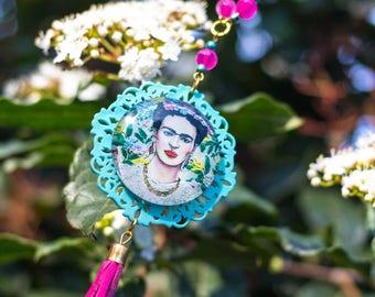 Woman's Necklace Frida Kahlo, turquoise and fuchsia