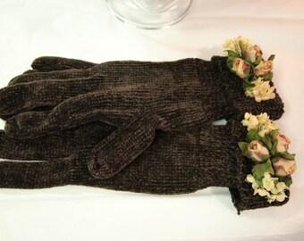 Embellished Gloves