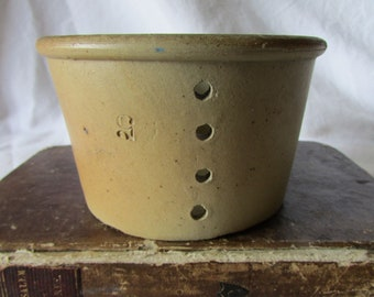 Vintage French salt glazed pottery whey / cheese strainer cheese mould Exc cond c1930's kitchen decor