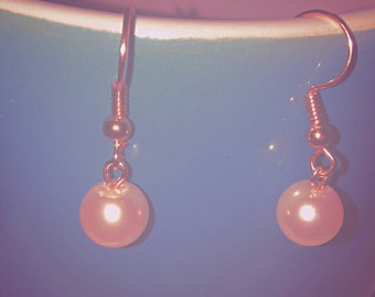 Pale pink pearl earrings