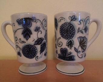 Holt Howard Pedestal Coffee Mug Set 1964 Blue and White