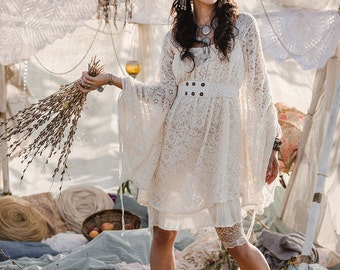 EMPRESS BOHEMIAN DRESS - Lace Hippie Boho Wedding Bride Romantic Lagenlook Mori Shabby chic Plus size Gypsy Ethnic - Off white Cream