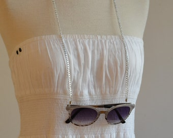 Silver sunglasses chain /eyewear retainer - flat link silver tone sunglass chain with black attachment loop
