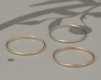 Thin Wedding Band~Thin Gold Band~Skinny Wedding Band~Super Skinny Minnie~14K Gold Stacking Ring~Women's Wedding Ring~Midi Ring~1mm by .5mm
