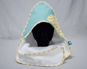 """Hooded towel """"Calf"""" - blue scales & yellow zigzag"""