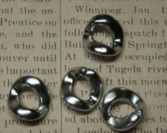 5 large acrylic silver rings to bind 22mm