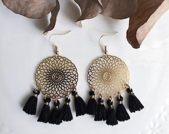 JULIETTE black tassel earrings