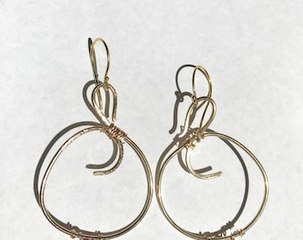 Gold Hoops, Goldfilled Hoops, Gold Earrings, Artisan earrings, Gifts for her, Lilyb444