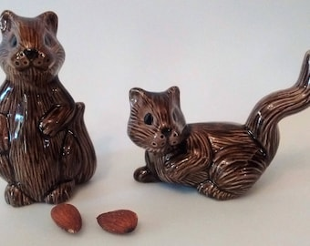 Vintage Ceramic Squirrels - Kitschy Fall Table Decor - Squirrel Figurines - Brown Squirrel Shelf Sitters - Thanksgiving Squirrels, Set of 2
