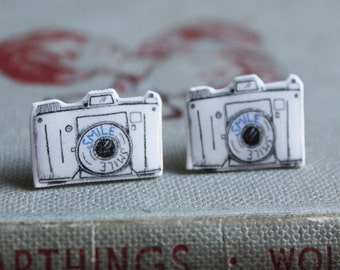 Camera Earrings - camera jewellery - camera jewelry - camera stud earrings - photographers gift - vintage camera - cute earrings