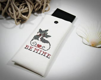 Faux leather iPhone 8 case, Boutique Case, SE Phone Pouch, iPhone 7 Sleeve, 8 Plus Case, iPhone 7 Plus, Custom glasses case