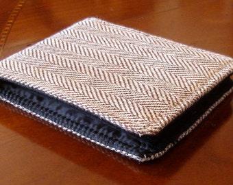 Men's Wallet Vegan Herringbone tweed, 7 Pocket Billfold, Standard size bifold