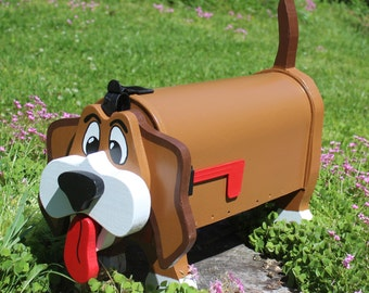 Panting Hound Dog Mailbox
