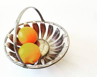 Mother's day French Vintage metal Basket, Fruit basket , Easter basket / French decor/French kitchen/French country