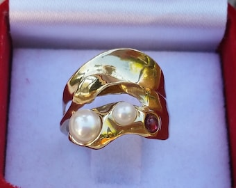 Pearl Gold Ring ,14K Yellow Gold Ring ,Bridel Pearl Ring ,Garnet Gold Ring ,Statement Gemstones Ring ,Multistone Gold Ring ,Mother's Day