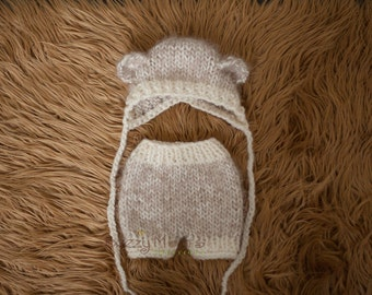 Newborn Bear bonnet and short set - Photography prop