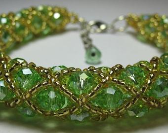 Beautiful Handmade Light Green and Gold Beaded Bracelet