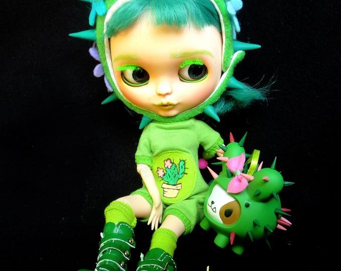 Ooak custom Blythe doll – Cactus and her dog Spikey