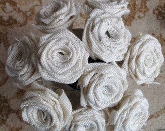 Mixed Hessian and Lace Roses x 20