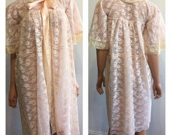 Pink  Lace Robe 1950's Peignoir 1950's Lace Robe Sissy Robe Pink Frilly Robe Babydoll Robe 50's Night Gown 1950's  Small
