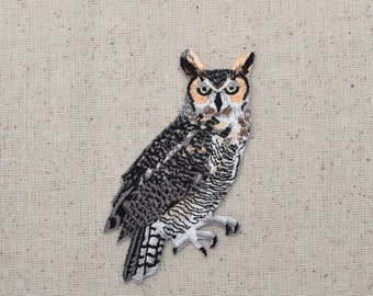 Great Horned Owl - Tiger Stripe - Bird - Nocturnal - Iron on Applique - Embroidered Patch - WA281