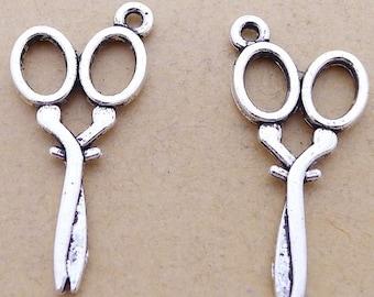 20pcs 15x30mm Antique Silver Scissor Charm Pendants JHA6464