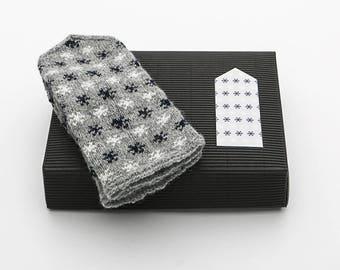 Latvian Mitten DIY Knitting Kit Knit like a Latvian MIDNIGHT FLAKES