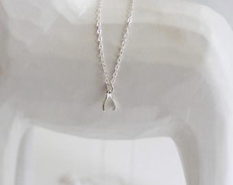furcula - silver wishbone necklace