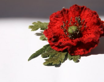 Red felt wool poppy pin Remembrance Day poppy Day pin Felted poppy brooch Wool jewelry Rustic style jewelry Natural fibers poppy flower