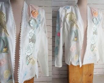 80s large size white lace jacket. 80s shoulder pads white jacket.