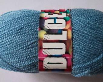 Yarn color oil