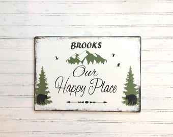 Personalized family mountain house sign, custom cabin decor, personalized plaque, lake house sign, happy place cabin, rustic cabin decor